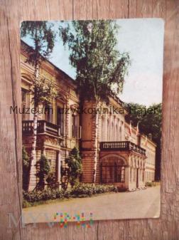 ŻYWIEC Technikum Przemysłu Leśnego (dawny pałac