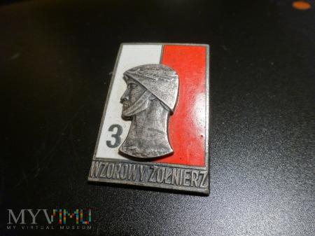 Odznaka Wzorowy Żołnierz wzór z 1968 r.