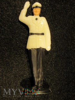 Policjant drogowy w mundurze letnim