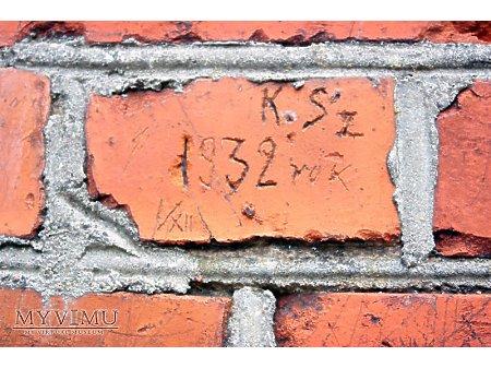 """Duże zdjęcie """"Stara Prochownia"""" - budynek A - inskrypcja #030"""