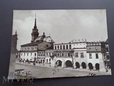 TARNÓW Rynek i zabytkowe kamieniczki z XVI w.
