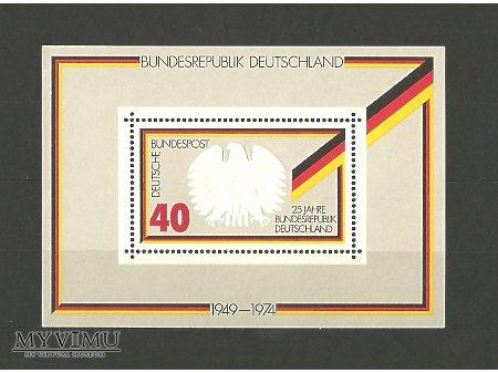 Niemiecki blok z 1974 roku.