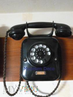 Telefon W 28 wiszacy