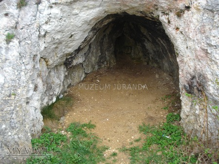 Jaskinia w Lipówce