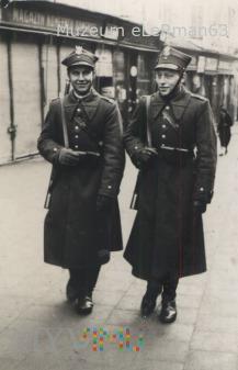 Duże zdjęcie Patrol żandarmerii.