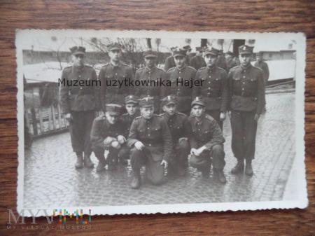 Zdjęcie grupowe żołnierzy LWP