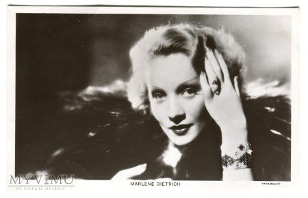 Marlene Dietrich Picturegoer nr 520b
