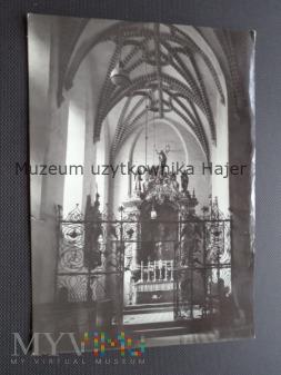 Duże zdjęcie PUCK Wnętrze zabytkowej kaplicy Wejherów z XVI w.