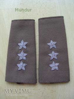 Pochewki z haftowanymi dystynkcjami WP - porucznik