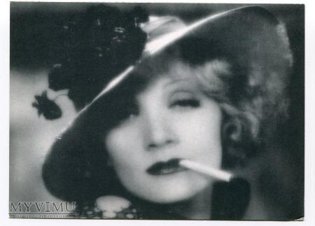 Marlene Dietrich czyli Wenus z papierosem