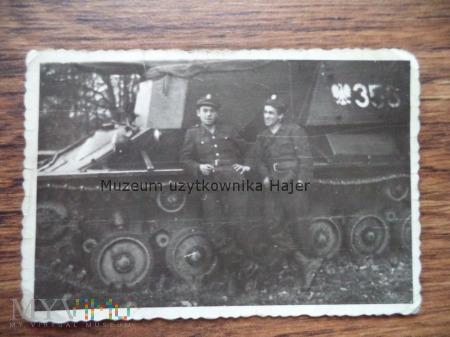 Zdjęcie żołnierze LWP czołg działo samobieżne