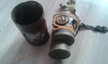Duże zdjęcie maska przeciwgazowa wz. 24 (RSC) z puszką