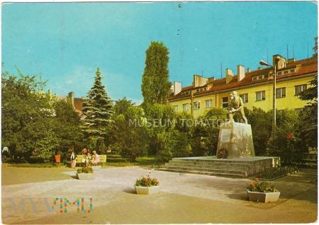 Radomsko - Plac 3 Maja - Pomnik - 1971