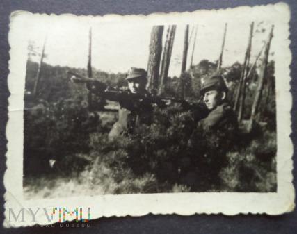 Zdjęcie żołnierzy Karabin Mosin 1953 r