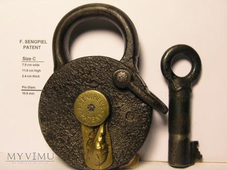 "F. Sengpiel Patent Padlock, No #- Size ""C"""