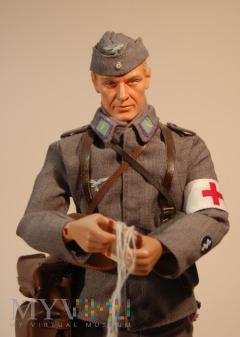 Sanitäter z 23JR(L) z 12 Feld Division (L)