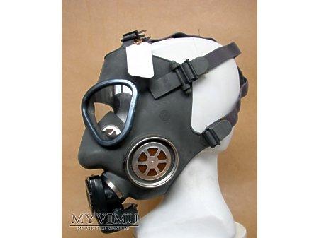 Maska przeciwgazowa M-61
