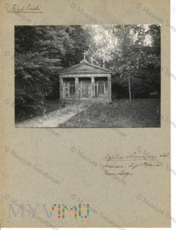 Lecieszyn - kaplica, własność Stefana Czarnockiego