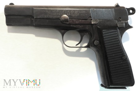 "Pistolet FN HP (""Browning Hi-Power"")"