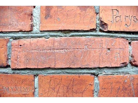"""Duże zdjęcie """"Stara Prochownia"""" - budynek A - inskrypcja #052"""