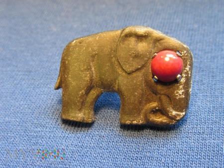 Zwierzęta z kamieniami półszlachetnymi-odznaki WHW
