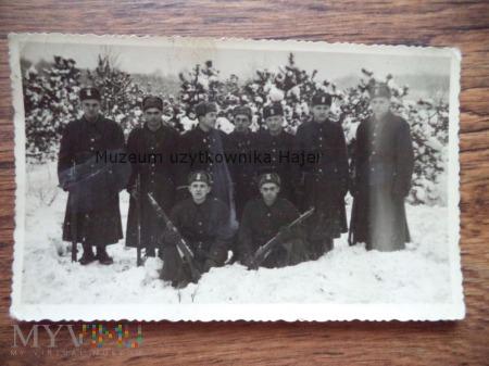 Zdjęcie żołnierzy LWP Karabin Mosin