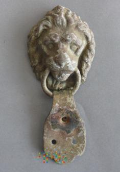 Głowa lwa z Raupenhelm 1868