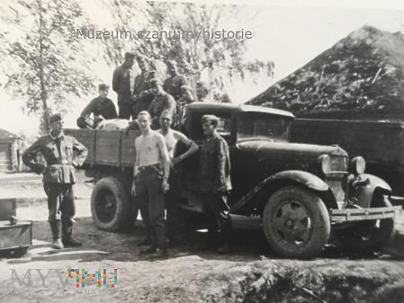 zdobyczna ciężarówka GAZ- AA