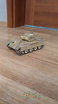 Duże zdjęcie czołg kartonowy panther