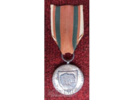 Medal Za Udział w Walkach w Obronie Władzy Ludowej