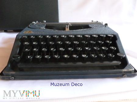 Maszyna do pisania FK /efka/ Mala