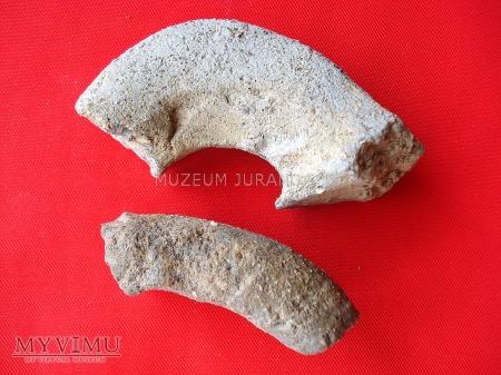 Fragmenty glinianych naczyń 3