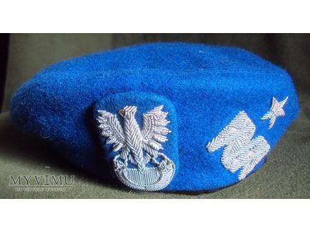 Beret niebieski