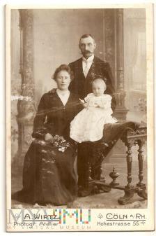1216a-Kolonia.fot.A.Wirtz.10,5x16