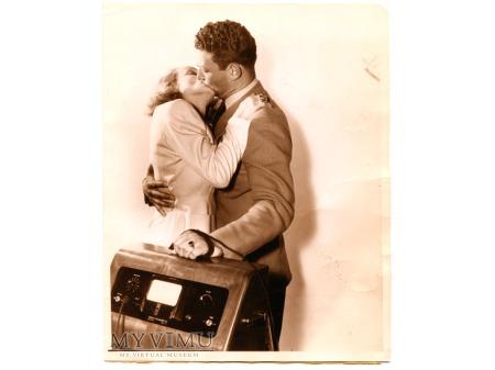 1941 Marlene Dietrich KISSES Robert Moore photo