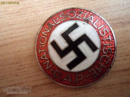 znaczek partyjny NATIONAL-SOZIALISTISCHE D.A.P.