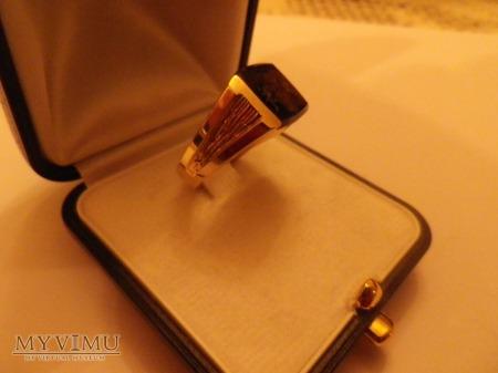 Herb Szeliga-sygnet złoto