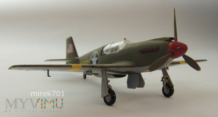 Samolot P51 1/72 Mustang