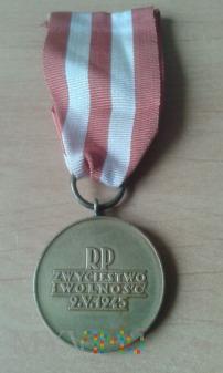 Medal Zwycięstwa i Wolności 1945