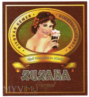 Etykieta piwna - kobieta