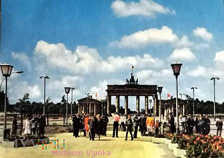 Berlin - Kwadryga na Bramie Brandenburskiej (1973)
