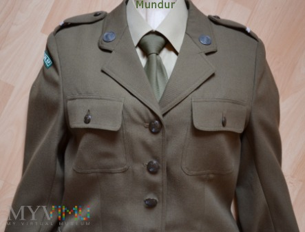 Duże zdjęcie Mundur służbowy funkcjonariuszki SG