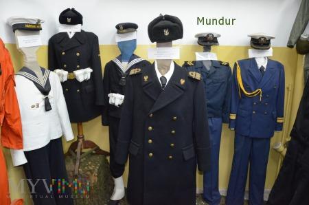 Mundury MW
