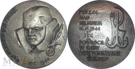 221.PONURY-Major Jan Piwnik.Wersja
