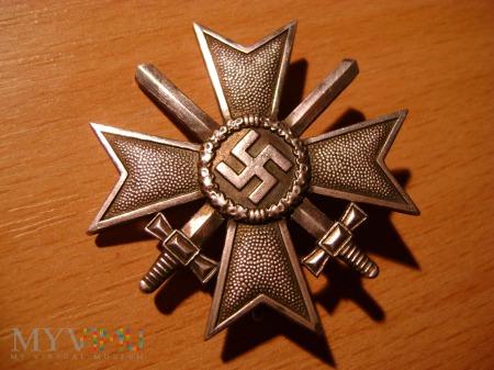 krzyż KVK z mieczami I klasy