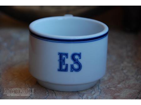 Filiżanka z monogramem ES