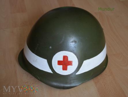 Hełm wz.50 - służba zdrowia