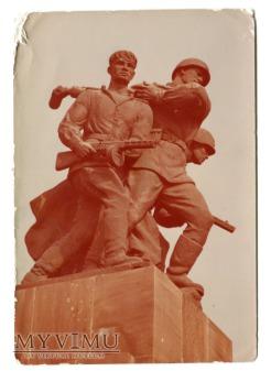 Pomnik Braterstwa Broni armii pol.i radz. WARSZAWA