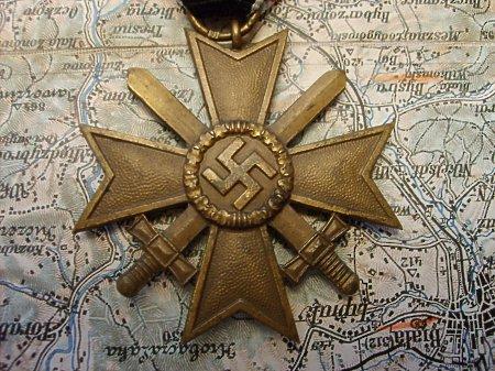 Kriegsverdienstkreuz II klasy z mieczami