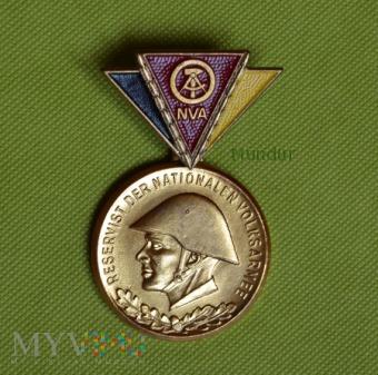 Medal - Reservist der NVA - złoty